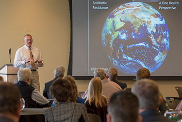 Dr. Mike Apley speaks at K-State Olathe